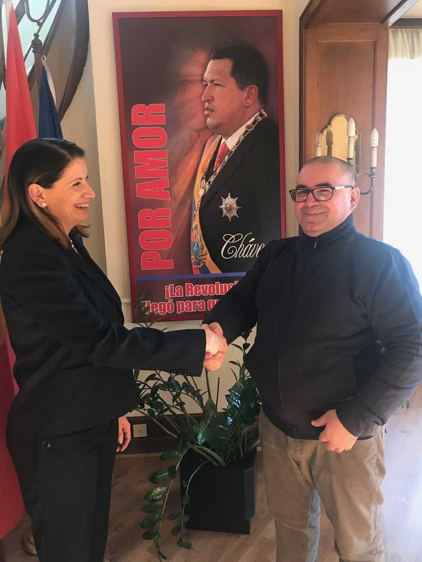 Madame Claudia Salerno Caldera :  «     Depuis 18 ans, nous sommes en train de montrer au monde  qu'un autre modèle est possible » — Algérie Résistance